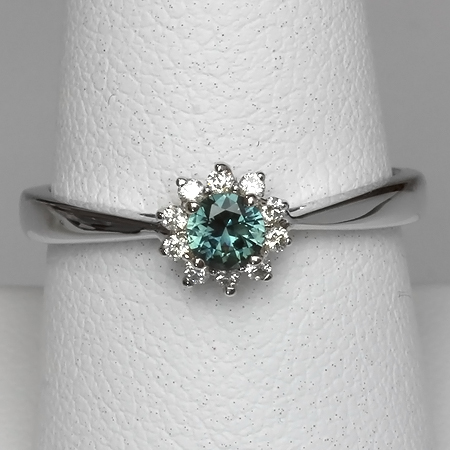 Green Montana Sapphire & Diamond 14kt Gold Flower Ring