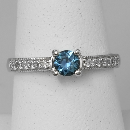 Blue Montana Sapphire & Diamond 14kt Gold Solitaire Ring